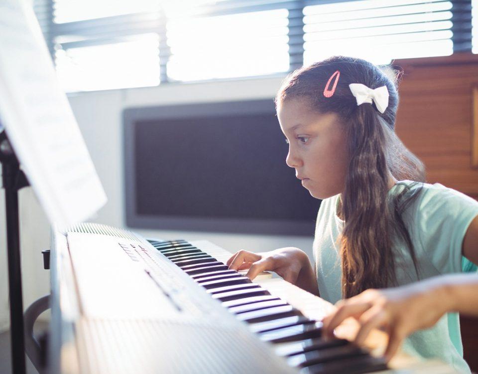 offre des cours de musique